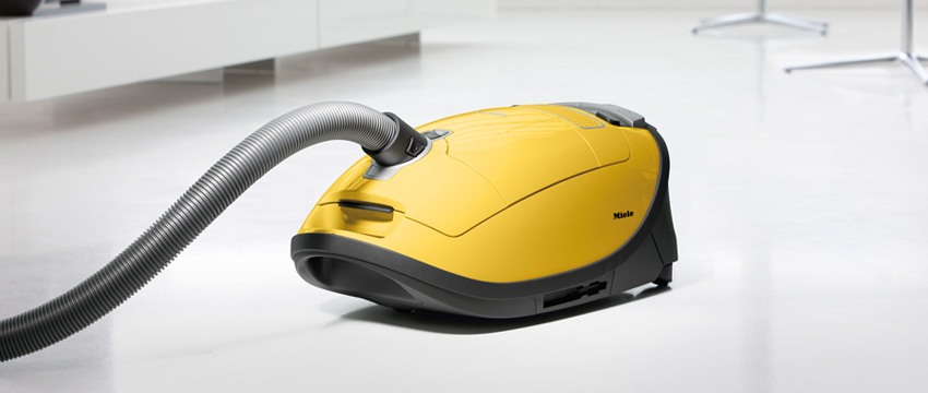 Canister Vacuum. Vacuum Cleaners Showroom. Warranty service & trade ins